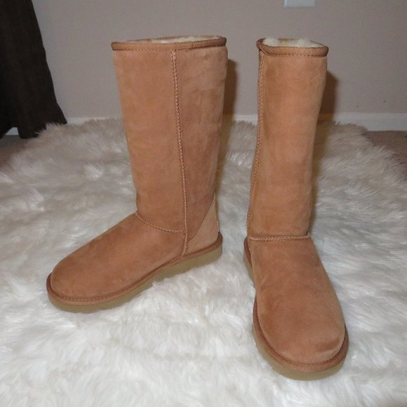 ❤❤ Ugg Classic Tall II Boots ❤❤